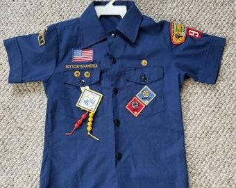 Vintage Boy Scouts of America BSA blue uniform shirt 32, Penn Mountains Council, Pennsylvania 94