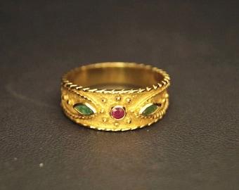 14k (585) Byzantine ring, yellow gold
