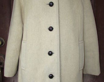 Vintage Penguin Wool Coat Womans M Liman Wool Beige/Tan Under Collar Button Car 8 S WONDERFUL
