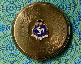 Vintage Gwenda Isle of Man Souvenir Gold Tone Powder Compact 1970s