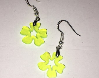 Small Flower yellow glow Earrings. Laser cut from acrylic. by Emily M A Parkin G301