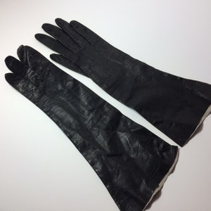 Vintage black leather ladies gloves, size 6 1/2