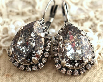 Gray drop earrings, Smokey Gray drop earrings,Swarovski gray earring,Bridesmaids Earrings,Bridal Earrings,Dark gray Crystal earringa