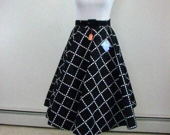 1950s Black & Ivory Flocked Taffeta CIRCLE Skirt...... New Old Stock/ Jerry Margil ........Waist 28 inches...size Medium to Large