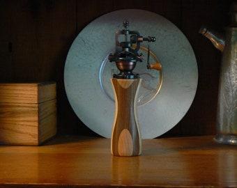 Pepper mill - pepper grinder - hand grinder -  Housewarming - Kitchen - hand mill - Foodie -  Chef – PG563