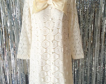 1960's Peter Pan Collar Cream White Lace Special Occasion Dress / Vintage Bridal /