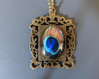 Peacock cabochon pendant