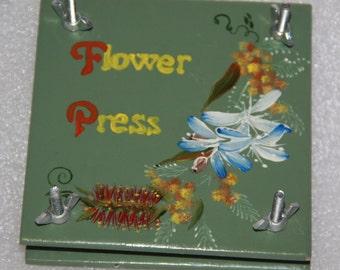 x 4 flower press handmade hand painted flower press made in Australia hand crafted flower press x 4 all different designs set of 4