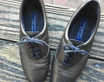 Vintage Bronze Easy Spirit Sneakers size 7