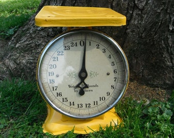 Vintage Industrial Yellow Metal Scales - 25 lbs by Ounces
