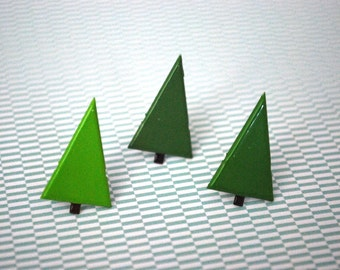 Christmas Tree Earrings -- Christmas Tree Studs, Green Pine Tree Earrings, Xmas Earrings