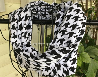 Monogram scarf, womans infinity scarf, teen scarf, infinity scarf, winter scarf, womans fashion, mothers day gift, monogram scarves