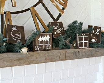 Christmas Gift - Mini Rustic Christmas Signs - Christmas Decor - Christmas Tree - Holiday Sign - Christmas Decoration - Distressed Sign