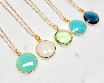 Round Gold Gemstone Pendant Necklace - Crystal Necklace - Green Quartz Neckace - Labradorite Necklace