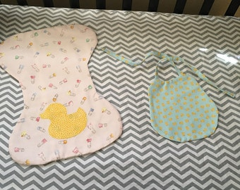 Ducky bib and burb cloth set