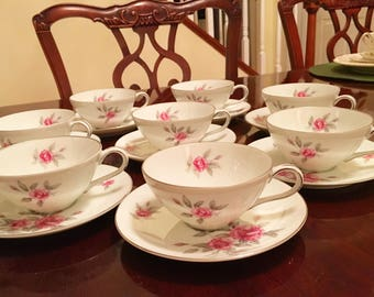 Vintage Meito Japan set of 8 cups, 8 saucers. Price is for all 16 pieces!!!!!!!