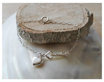 sterling silver bracelet with key and heart charm • beaucoupdebeads • B166