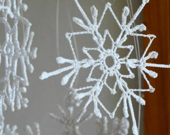Tiny crochet snowflakes white christmas decor ornament snowflakes appliques Xmas tree hanging ornaments set of 6 delicate snowflakes crochet