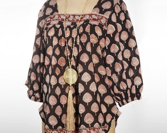 Rikkoko Boho Blouse top  size M/L  in pure cotton and handmade block print on black