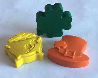 St. Patrick's Day crayons, party favors, stocking stuffers, kids gift, goody bags,, handmade, shamrock crayons, St. Patty's Day gift, crayon