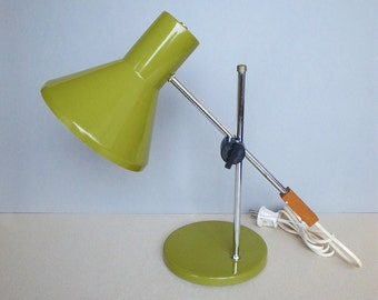 Dutch Vintage ANVIA Desk Lamp Swing Arm Adjustable Angle and Hight Light Moss Green 50s - 60s Industrial Style