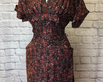 Vintage 1950s  Print Dress with pockets and bow detail Size 12-14 Large