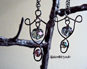 Wire Loop Sparkling Necklace