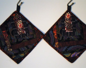 Pair of Black Red Purple Green Pot Holders/Hot Pads