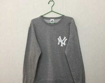 15% SALE Vintage NY Yankee Sweatshirt/New York Yankee Pullover Sweater/ Baseball/Majestic/Grey/Size L