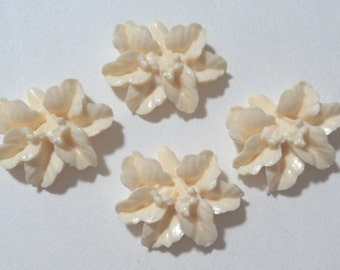 18mm resin plastic lily flower cabochons ivory cream 4 pcs lot l