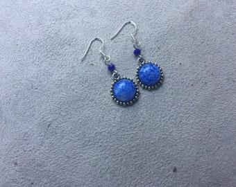 dark blue round earring