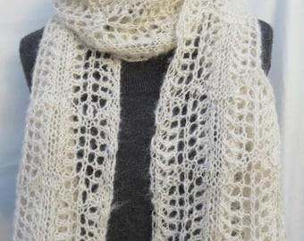 Lace Alpaca Scarf, Handknitted Scarf in Soft Handspun White Alpaca, Light  Lacy Design