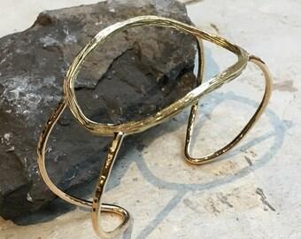 Gold cuff, Circles cuff, dainty bracelet, wide cuff, golden brass bracelet, circles bracelet, dainty cuff, Open bracelet - Create BK3019