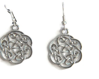 Celtic Knot Earrings, Silver Celtic Knots Earrings, Celtic Earrings, Celtic jewelry, Silver Jewelry, Round celtic knots earrings