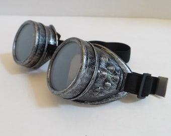 Antique silver finish steampunk goggles steam punk clear or tinted removeable lenses adjustable band will fit child or adult DIY