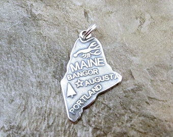 Sterling Silver State of Maine Charm on a Sterling Silver Split Ring - 1152