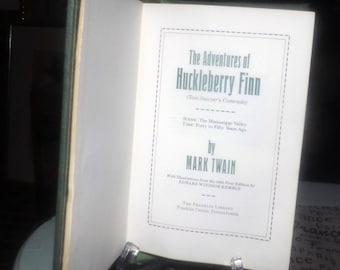 Vintage (1979) The Franklin Mint | Franklin Library 100 Greatest Books Series Adventures of Huckleberry Finn. Leather spine, 22K gold edges.