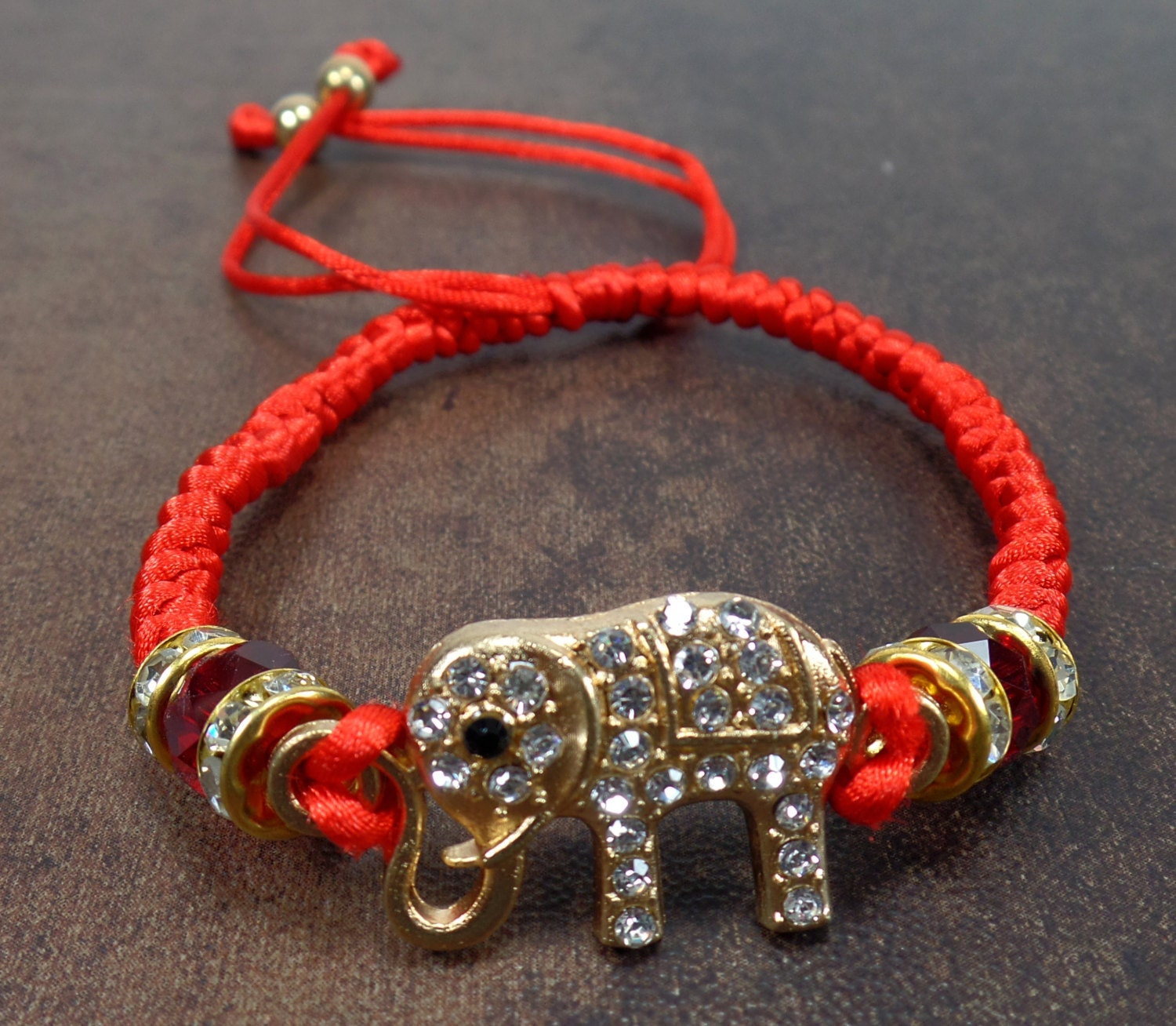 tyhi bracelet luck good products psihii red