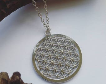 Sacred Geometry Necklace - Flower of Life Round Silver Pendant - Chain Link