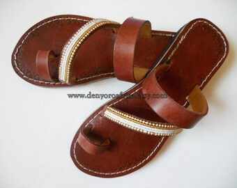 Toe ring leather flats, open toe sandals, sandals women, toe strap leather sandals, flats women, ethnic sandals, ethno shoes, slides sandals