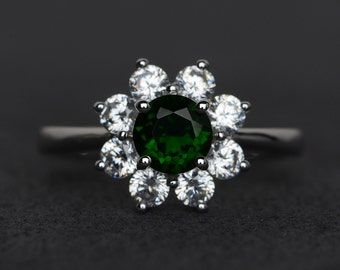 natural chrome diopside ring round cut diopside green gemstone rings engagement ring