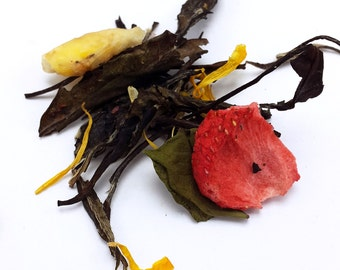 Banana Split White Tea - White Tea - Flavored Tea - Dessert Tea - Loose Leaf Tea - Looseleaf - Handblended Tea - Fruit Tea - Ice Cream
