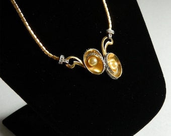 Vintage 1940s Rhinestone and Pearl Pendant Necklace By Kramer