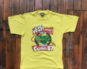 1987 Small WEBN Eat 'M 'N Smile Cicadas 87 T-Shirt on Screen Stars