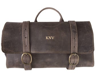 Personalized Distressed Brown Leather Hanging Travel Toiletry Bag - Toiletry Bag - Husband Gifts - Gifts for Him - Groomsmen - GC1622