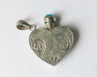 vintage sterling perfume pendant