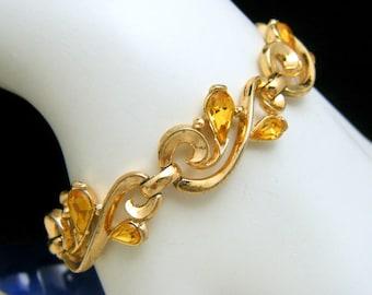 Vintage Crown Trifari Tear Shaped Topaz Rhinestone Bracelet Gold Tone