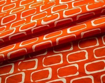 Rectangles main teint et à motifs de tissu de coton blanc et mandarine