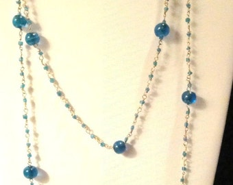 Beautiful Vintage Blue Green Glass Beads on Wire Necklace