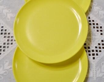 Vintage Marcrest Melmac Plate Set of 3 Yellow Retro Camper BBQ Picnic Tailgate Plastic Melamine PanchosPorch